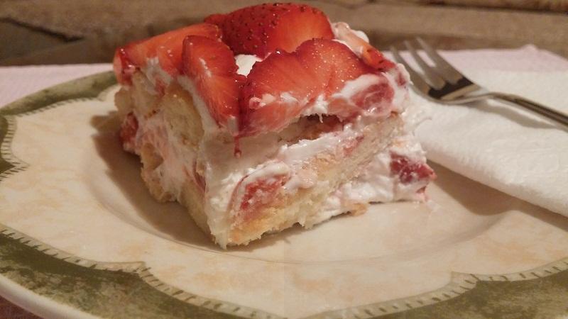 Recepti - Brza torta sa jagodama