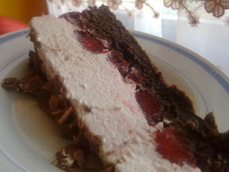 Recepti - Letnja torta s jagodama